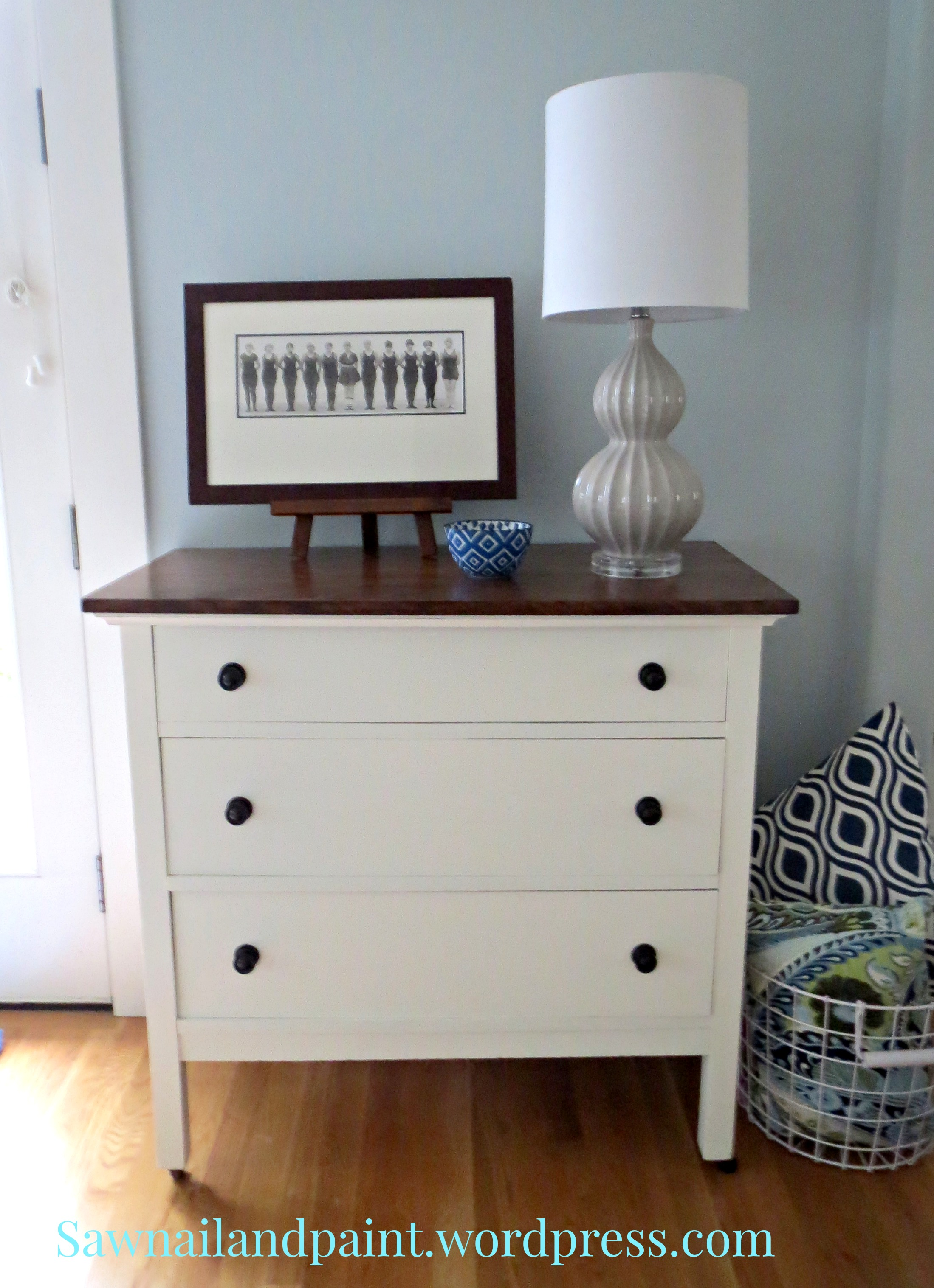 Wonderful White and java dresser - Saw Nail and Paint DZ07