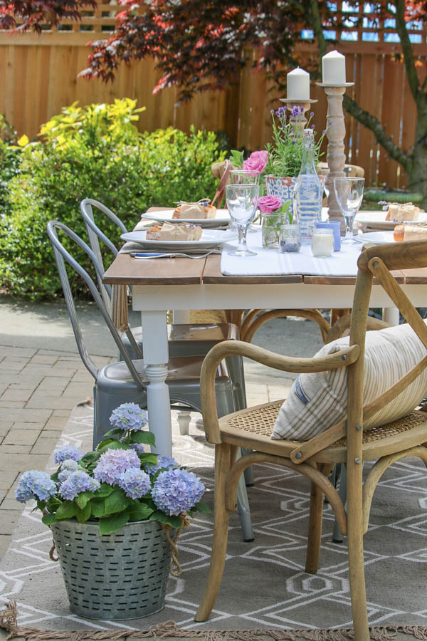 Saw Nail Paint Seattle Cottage Home Tour - DIY Farm Table Garden Dining Al Fresco