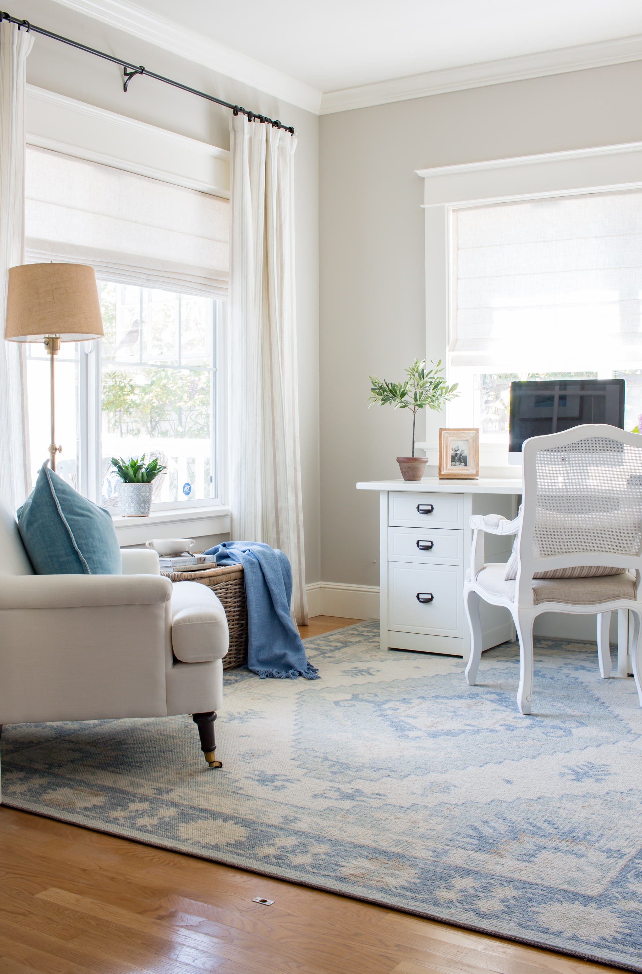 Benjamin Moore Collingwood Paint In Office Saw Nail And Paint